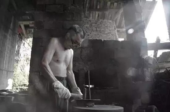 即将消失的行业――手工铁器作坊
